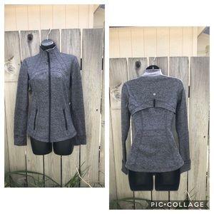 Lululemon fitted Define jacket. Heather black